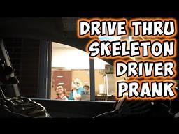 Szkieletor podjeżdża do McDrive'a