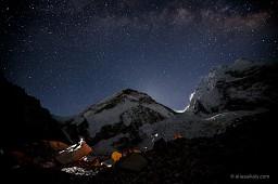 Imponujący film poklatkowy z Mount Everestu
