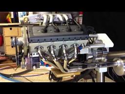 Model silnika V8