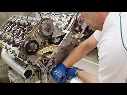Tak się składa silnik W12 Bentleya