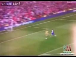 Pudło Torresa i reakcja kibica Manchesteru United