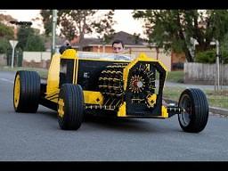 Samochód z LEGO napędzany powietrzem