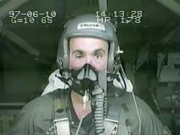 Pilot kontra przeciążenie 12G