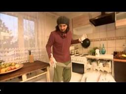 Dlaczego w zmywarce używa się kostek, a nie płynu do mycia naczyń?
