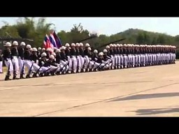 Pokaz musztry tajlandzkich żołnierzy