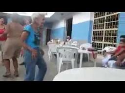 Babcia wychodzi na łowy