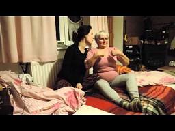 Babcia napieprza węgorza
