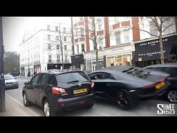 Aventador w Londynie