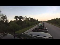 Mercedes E55 + bagaż vs Nissan 350z