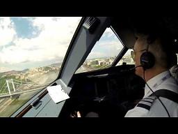 Niski przelot Airbusa 320 nad Dunajem