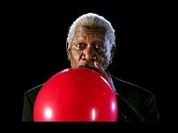 Morgan Freeman wdycha hel