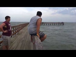 10 skoków do wody