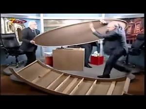 Merytoryczna dyskusja w studiu telewizyjnym