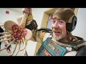 """Skafander z """"Obcego"""" na Comic-Con 2014"""