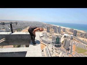 Backflip na 40 piętrze