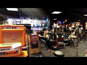 Nowy sklep z gitarami