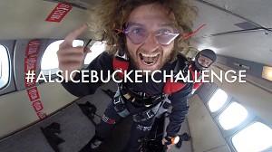 Polak pozamiatał - Ice Bucket Challenge w powietrzu