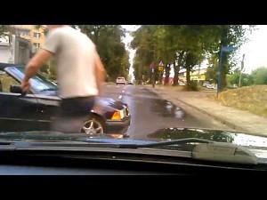 """Nie całkiem udany """"drifting"""" w BMW"""