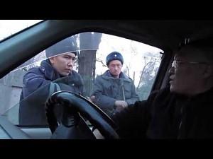 Kierowca ośmiesza policje w Kirgistanie