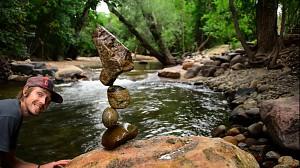 Gravity Glue, czyli jak efektownie położyć kamień na kamieniu