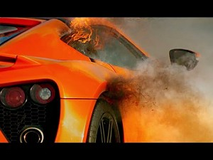 Zenvo ST1: Fire on the track!