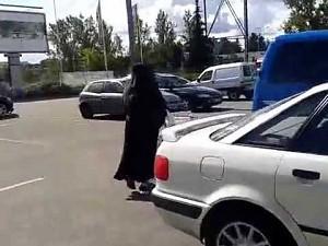 Co ma zakonnica w wózku?