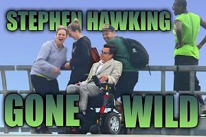 Stephen Hawking zagaduje ludzi