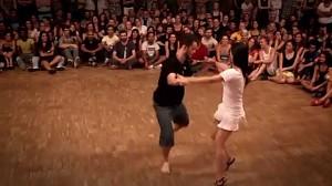 Brazylijski taniec przy którym od razu czuć wiosnę