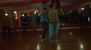 Daniel i Desiree w erotycznym tańcu