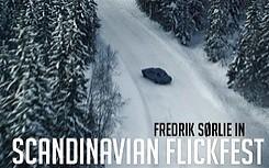 Tak powinno się śmigać zimą w norweskim lesie