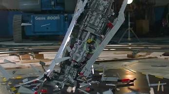 Rozstrzaskanie Gwiezdnego Niszczyciela z LEGO