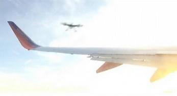 Dron uszkodził skrzydło samolotu