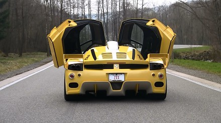 Jak brzmi silnik 800 konnego Ferrari Enzo