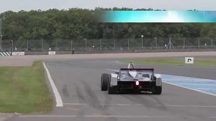 Jak brzmią nowe elektryczne bolidy Formuły E?