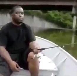 Dwaj amatorzy popłynęli na ryby