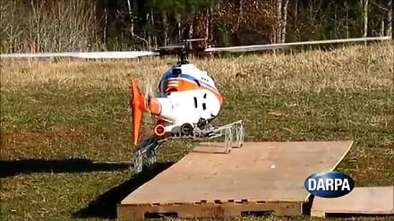 DARPA prezentuje helikopter z owadzimi nogami