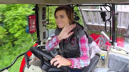 Dziewczyny na traktory!