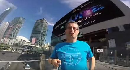 Mój tata nagrywał wycieczkę do Las Vegas na Gopro. Odwrotną stroną