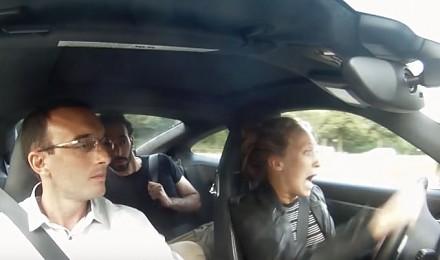 Podmienili im auto przed egzaminem na prawo jazdy. Na Porsche 911