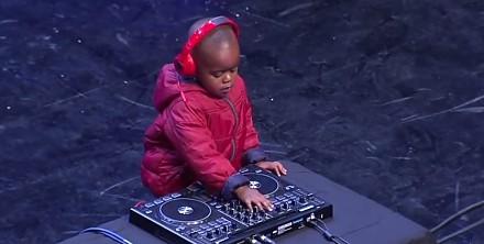 3 letni DJ ze światowego Mam Talent