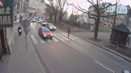 Jedź bezpiecznie (574) - piesi na przejściach