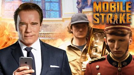 Arnie w reklamie gry mobilnej na Super Bowl