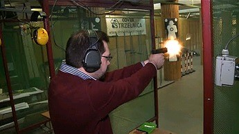 Powszechny dostęp do broni w Polsce
