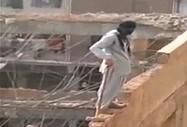 """""""Bezpieczne"""" wyburzanie ściany po arabsku"""