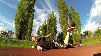 Tak trenuje dwukrotny Mistrz Świata Freestyle Football!
