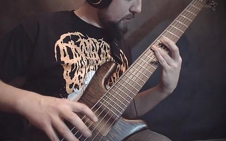 Tak się gra death metal na basie
