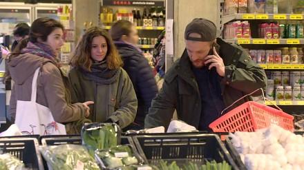 Najszybszy raper świata w sklepie i z rozładowaną baterią w telefonie