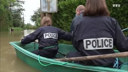 Tak działa francuska policja w czasie powodzi