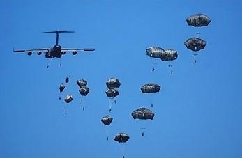 Widowiskowy desant wojsk NATO pod Toruniem