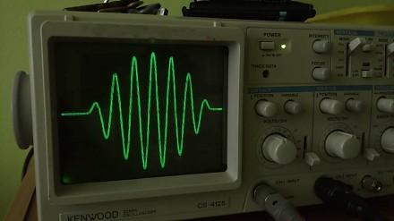 Arctic Monkeys - Do I Wanna Know na oscyloskopie